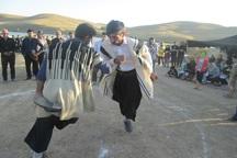 برگزاری مسابقات بومی محلی روستاییان و عشایر در الیگودرز