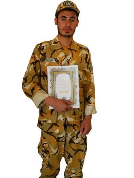 سرباز وظیفه تیپ130 بجنورد نائب قهرمان مسابقات قرآن نیروهای مسلح شد