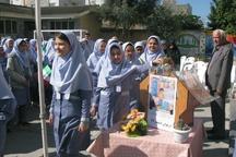نمایش سخاوتمندی دانش آموزان گنبدی در کمک به همنوع