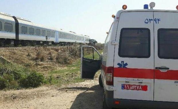 برخورد قطار با خودروی سواری در قزوین حادثه آفرید