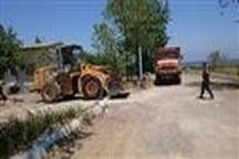 توقیف  کامیون و لودر حین عملیات برداشت شن و ماسه در ساحل بندر انزلی