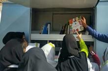 توزیع 90 کامیون کتاب غیر درسی در روستاهای کم برخوردار