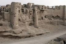 مرمتگران در دستنیافتنیترین قلعه جهان