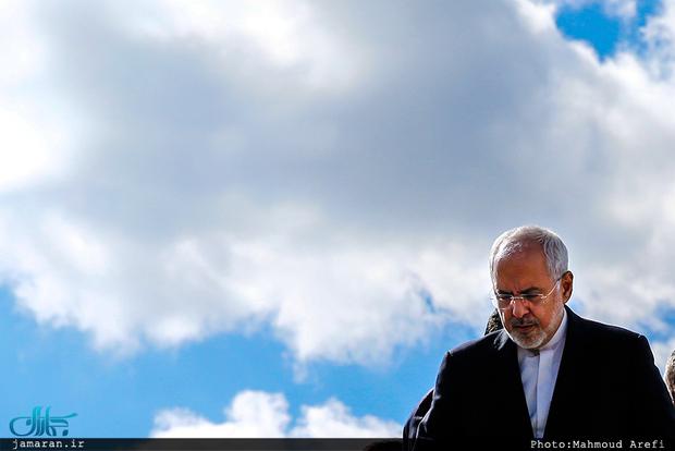 واکنش ظریف به دعواهای داخلی و ناامیدکردن مردم: این دعواهای سیاسی داخلی چه فایده و چه ارزشی دارد؟