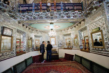 4800 گردشگر از تکیه بیگلربیگی کرمانشاه دیدن کردند