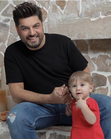 سام درخشانی در کنار دخترش + عکس