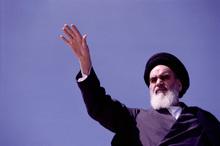 چرا امام خمینی (س) خواستار محاکمه شاه شد؟