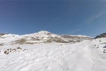 2 کوهنورد مصدوم شده در کوه دنا از مرگ نجات پیدا کردند