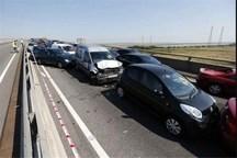 تصادف زنجیره ای 15 خودرو در زنجان 14 مصدوم به جا گذاشت