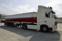 توقیف کامیون حامل 30 هزار لیتر سوخت قاچاق در دلگان