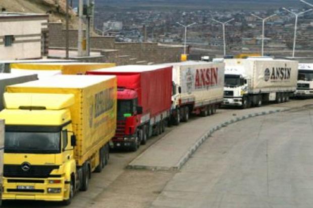 81 میلیون دلار کالا از گمرکات کردستان صادر شد