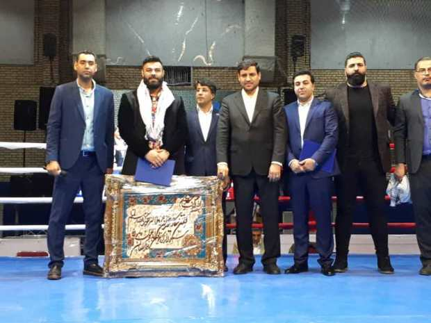 مراسم افتتاحیه مسابقات بوکس قهرمانی کشور در اهواز برگزار شد