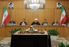روحانی: مطالبات جوانان و بانوان به حق است/ وزیران و استانداران در انتصابات بر شایسته گزینی تکیه کنند/ در شرایط سخت، با وحدت یکدیگر را یاری کنیم/ با تعادل قیمت ها در بازار، نباید گذاشت به مردم اجحاف شود