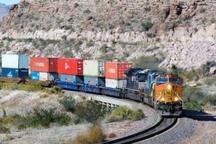 محموله 224 تنی آجر نسوز در ایستگاه راه آهن زاهدان تخلیه شد