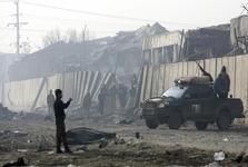 کشته شدن 100 نیروی امنیتی افغانستان در حمله طالبان