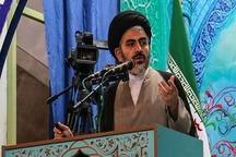 امام خمینی (ره) به اسلام و ایران عزت و عظمت بخشید