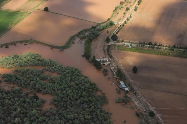 همکاری مردم و کشاورزان برای کاهش خسارت سیل خوزستان ضروری است