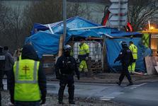 معترضان در فرانسه خود را برای اعتراض های جدید آماده می کنند