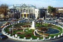 ساماندهی دست فروشان شهر ارومیه   کمبود درآمد شهرداری علت عدم پرداخت حقوق کارکنان است