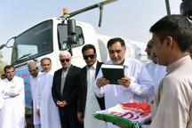 منطقه آزاد 2 تانکر آبرسانی به فاضلاب روستایی چابهار اهدا کرد