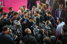 وزیر ارتباطات خطاب به خبرنگاران: اگر تلاشهای شما نبود، فساد بیش از آنچه اینک لانه گزیده و اختلال ایجاد کرده، آزار دهنده میشد