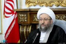 آیت الله آملی لاریجانی: از دکتر ظریف حمایت و تشکر می کنیم/ جمهوری اسلامی هیچگاه تسلیم زور نمی شود