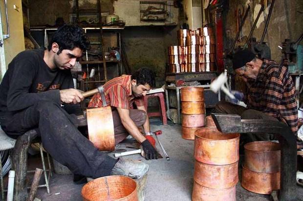 هنرمندان صنایع دستی تاریخ عصر خود را می نویسند