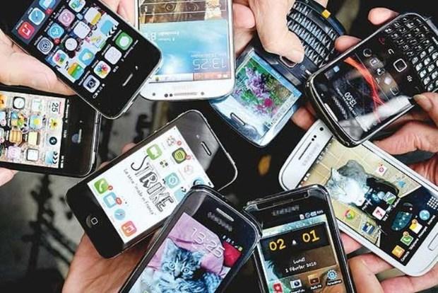 واردات قانونی موبایل قیمت آن را کاهش می دهد