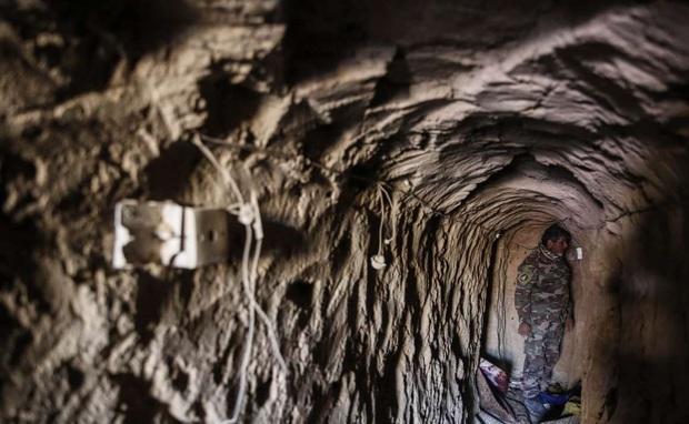 کشف ده ها تونل داعش