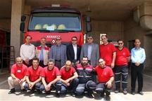 بازدید مدیرعامل سازمان منطقه ویژه اقتصادی پتروشیمی با آتش نشانان