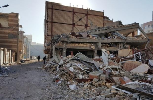صاحبان واحدهای صددرصد تخریبی زلزله زده لوازم خانگی می گیرند