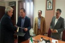 امضای تفاهمنامه همکاری دانشگاه آزاد و معاونت عمرانی استانداری کردستان