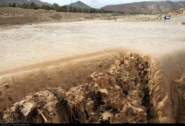 مردم استان یزد، نگران شدت بارش ها نباشند