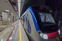 نقص فنی در خط 5 مترو تهران موجب ازدحام مسافران در ایستگاه ها شد