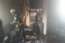 آتش نشانان آبادان چهار فرد گرفتار در آتش را نجات دادند
