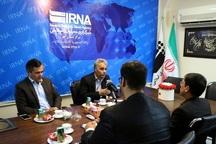 خبرنگاران مردم را به استفاده از کالای ایرانی تشویق کنند