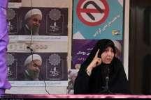 فاطمه هاشمی: فقرا در دولت های نهم و دهم فقیرتر شدند