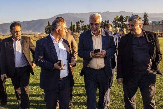زمین فوتبال چمن مصنوعی آزادشهر دهه فجر امسال افتتاح می شود