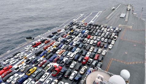 توقیف ۳۱۹ خودرو وارداتی در گمرگ