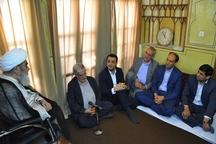 آیت الله مظاهری بر حفظ وحدت و انسجام اعضای شورای شهر و مدیران شهری تاکید کرد