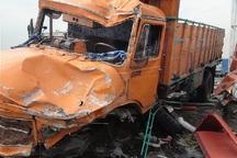 تصادف 2 خودروی سنگین در قزوین یک کشته به جا گذاشت
