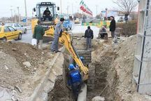 تسریع در تکمیل طرحهای آب و فاضلاب شهری گناوه ضروری است