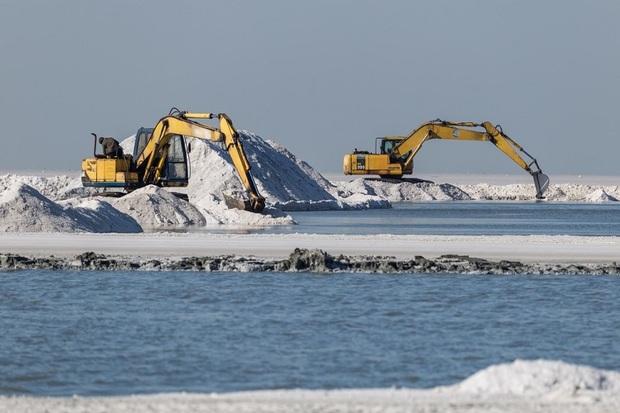 برداشت مواد معدنی در حریم پارک ملی دریاچه ارومیه ممنوع است