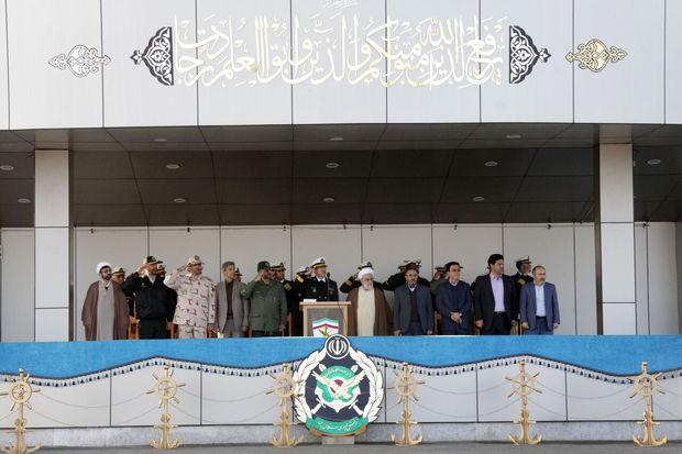 صبحگاه مشترک نیروهای مسلح در نوشهر برگزار شد