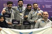 شمشیربازان دانشگاه آزاد در بخش آقایان و بانوان به قهرمانی دست یافتند