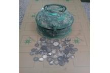 صندوقچه حاوی 60 سکه قدیمی در فریمان کشف شد