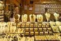 طلا فروشی در شیراز توجیه اقتصادی ندارد  کوتهنظرىها اجازه نمىدهد بازار طلا رونق پیدا کند  بزودی باید منتظر تغییر شغل در این صنف باشیم
