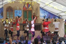 دومین جشنواره فرهنگ و سنن ایرانی در قزوین آغاز شد