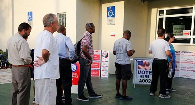 پیشتازی دموکرات ها در انتخابات میان دوره ای آمریکا
