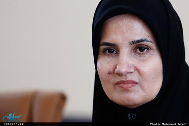 معاون حقوقی رئیسجمهور: ورود خانمها به استادیوم هیچ منع قانونی ندارد
